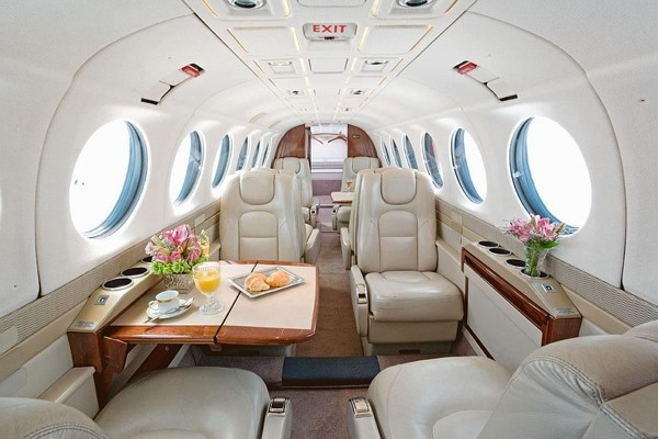KingAiri - private jets - air charter - charter flight