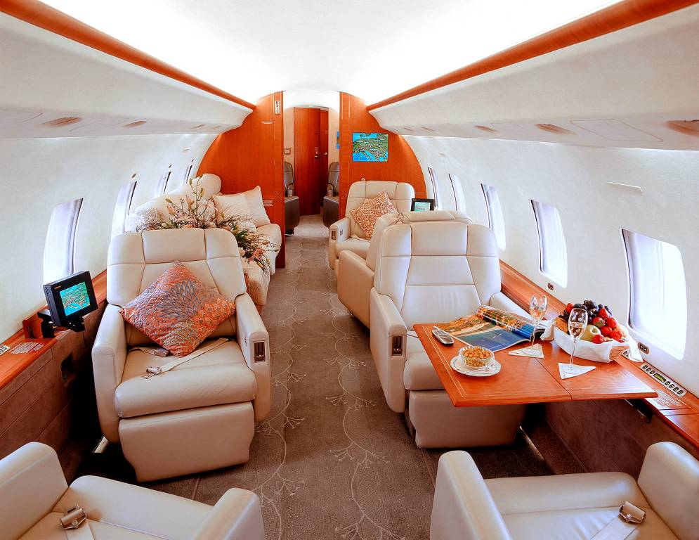 Global Express - private jets - air charter - charter flight