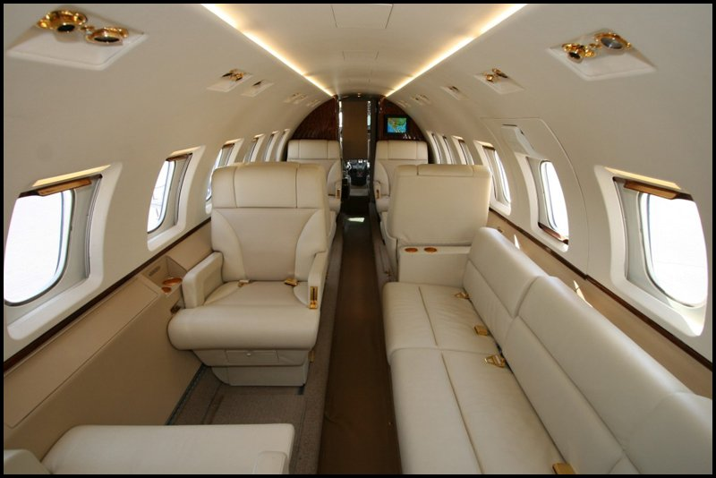 Hawker- private jets - air charter - charter flight