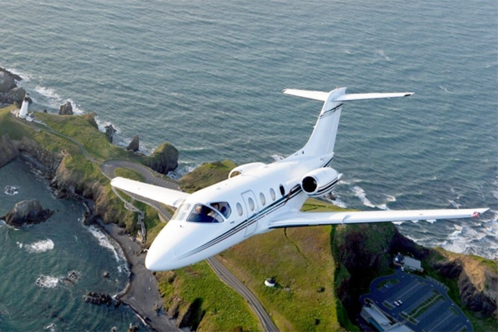 HawkerXP - private jets - air charter