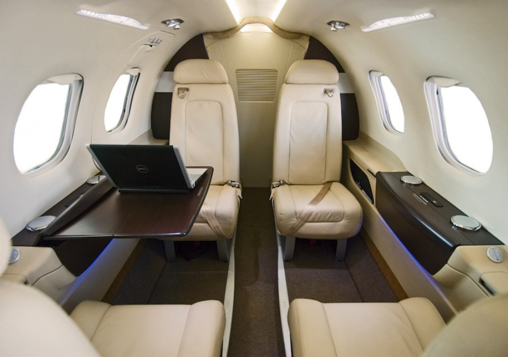 Phenom - private jets - air charter